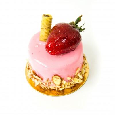 Радуйте себя и близких вкусным пирожным Сорби с клубникой