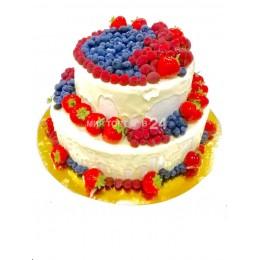 Торт праздничный с ягодами для любимых