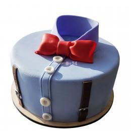 Торт праздничный для мужчин  в форме рубашки с бантом