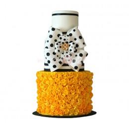 Торт Свадебный белый с бантом в черный горошек
