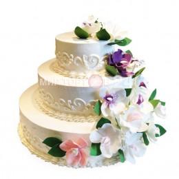 Торт свадебный с цветами