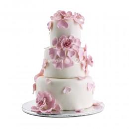 Торт свадебный белый с розовыми цветами