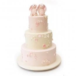 Торт свадебный с зайцами