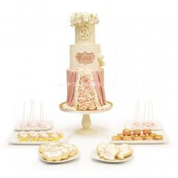 Торт свадебный с капкейками 2