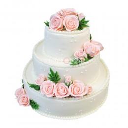 Торт свадебный белый с нежно-розовыми розами