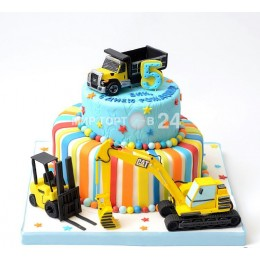 Торт детский с фигурками машин