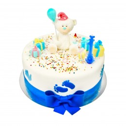 Торт детский на год с фигуркой мишки