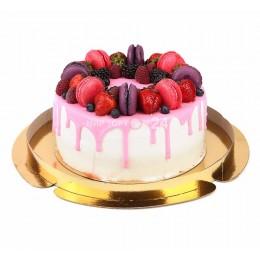 Торт праздничный с макарунами 1