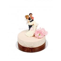 Торт свадебный белый с фигурками 1