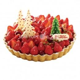 Торт на Новый Год с клубникой и ёлочками