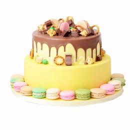 """Торт праздничный  """"Сладкоежка"""" с макарунами"""