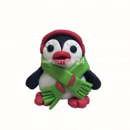 Фигурка Пингвина с шарфом