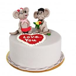 Торт праздничный с фигурками Мышки