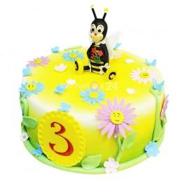 Торт детский с цветами и фигуркой пчелки