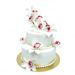 Торт свадебный белый с орхидеями