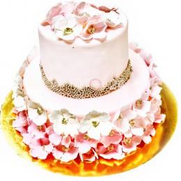 Торт свадебный нежного  розового цвета