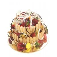 Празднчный торт кремчиз клубника